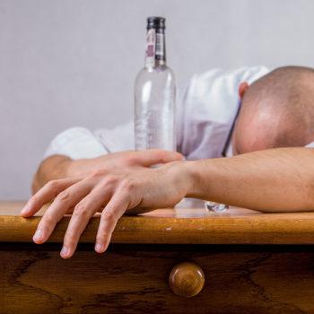 Jakie szkody niesie picie alkoholu z treningiem na siłowni