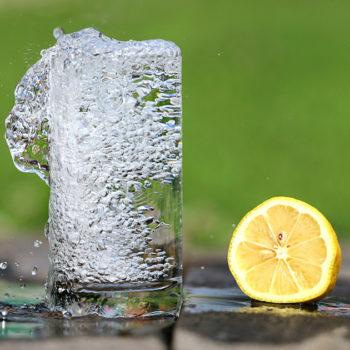 Wpływ wody na odchudzanie i sylwetkę